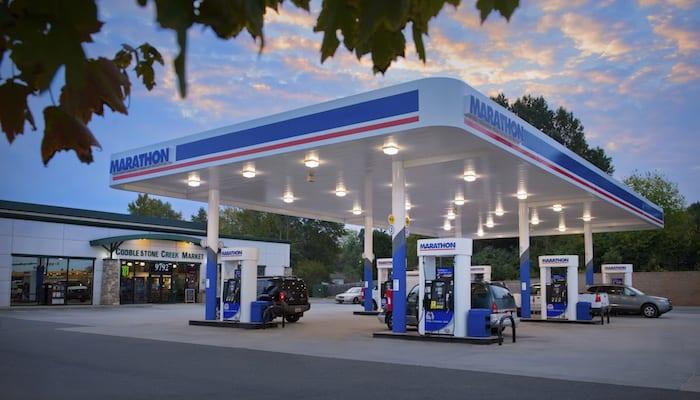 Thiết kế bảng hiệu cửa hàng xăng dầu chuyên nghiệp